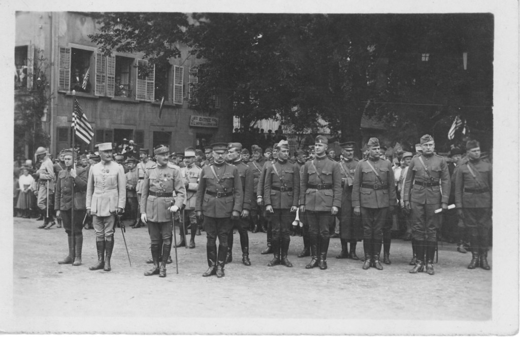69. Unkown French and American officers and men